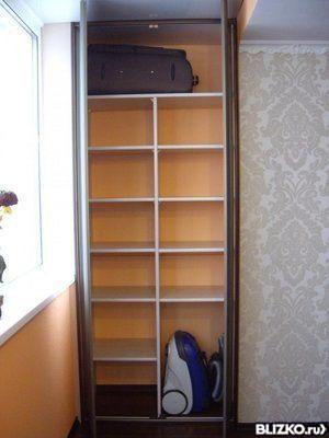 Шкаф распашной на лоджию встроенный на заказ в екатеринбурге.